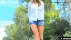 Blonde Nude Stepdaughter Pleasuring Her Stepdad