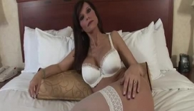 Syren De Mer Likes To Have Sex With Handsome Guys And Like To Get A Nice Facial Cumshot