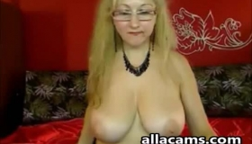 Racy Blonde Lady With Curly Hair Liza Rowe Likes To Masturbate, While In Front Of The Camera
