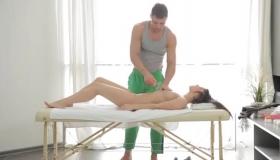 Tempting Sexy Brunette Scissoring Her Man In A Homemade Video