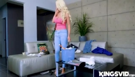 Jade Shea Sizzling Hot Blonde Lesbo