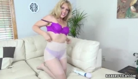 Good Looking Blonde Is Up For Some Cock Sucking, Her Shaved Pussy Likes Nothing More Than It
