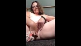 Sweet Slut Stuffs In Her Ass