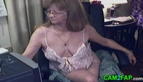 Lovely Mature Fucking Her Pussy