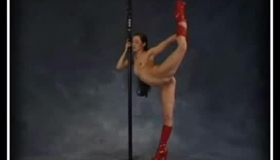Flexible Chick In Handjob
