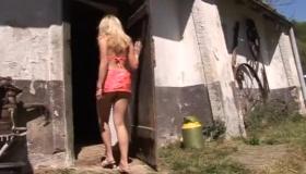 A Tall Barn Door Whore Gets Pumped