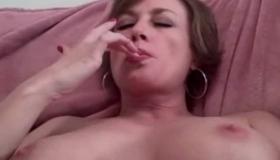 Mature Slut Toying Her Ass