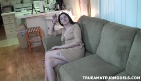 Asian Modeling Amateur Cleaning Herself In A Van