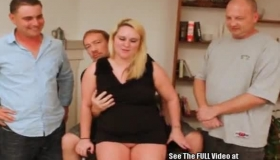 Chubby Blonde Slut, Dakota Skye Is Spreading Up To Offer Her Hairy, Drilling Cunt To A Guy