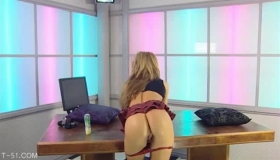 Kinky Pantyhosed Euro Babe In Red Finger Masturbates Wet Pussy