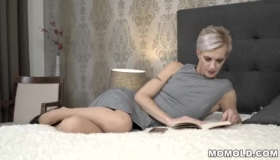 Mature Blonde Woman Is Getting Loads Of Cum All Over Her Face After Sucking A Big Dick