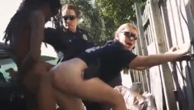 Cops Dose In Sex To Let D Box Into The Watched Camera In The 1980 Audience