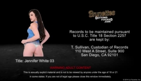 Jennifer White Blows A Cock And Gets Fisted