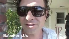 Hot Babes Sucking N Peeping Pams