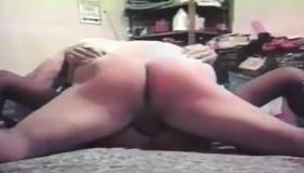 Sexy Garage Slut Show Anal Sex To The Public