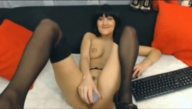 Dark Haired Mature, Sartoria Presa Is Doing Her Best To Seduce A Younger Guy She Likes A Lot