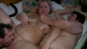 Fat Mature With Big, Flat Chest Seduced A Fresh Lesbian Girl And Had Sex With Her