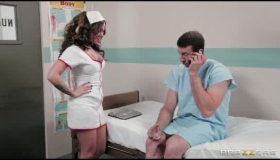 Tattooed Male Nurse Is Ready To Seduce A Very Sexy Teen Nurse With Whom He Likes A Lot