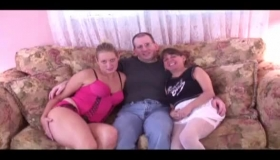 Stepsister Got Her Pussy Pumped Hard After Jumping On The Cock