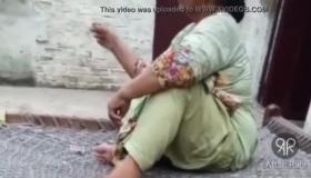 Sexy Desi Aunty Hot Sexy Dance