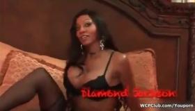 VIPILING HOT BLACK GIRL LOVES SHAVINGS!!! VS6E34S 13