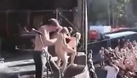 Vika Croyushingo Rock Horny Scenes