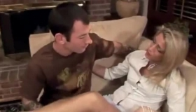 Hot Mature Wife Gives Blowjob Then Rubs Her Clit