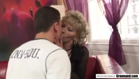 Mature Woman And A Group Of Horny Students Are Having Group Sex, At A Special Club.