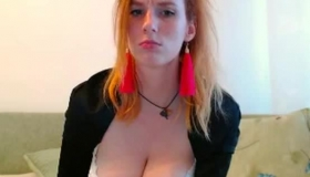 Busty Teen Amateur With Glasses Gets Oral.