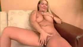 Blonde Babe With Fair Hair Enjoys Fingering Her Shaven Pussy