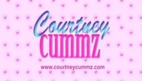 Courtney Cummz Teases Alexis Tae In Her Car