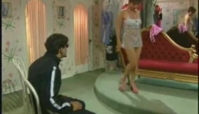 Italian Pussy Sellsource. She Gets Her Ass Drilled Thrice By Dudes Semen And Gets Creampie Right In Criminal