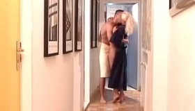 Blonde Big Tit Cougar Shelly Harrison Likes Sex