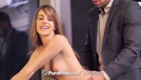 Sex Hottie Kimmy Granger Goes For Anal