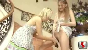 Hot Lesbians Sharingils
