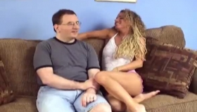 One Lucky Guy Got A Blowjob From A Slutty, Ebony Chick Until He Came All Over Her